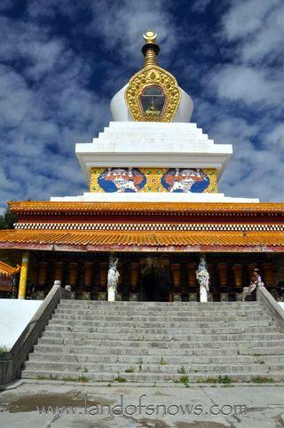 Litang Stupa