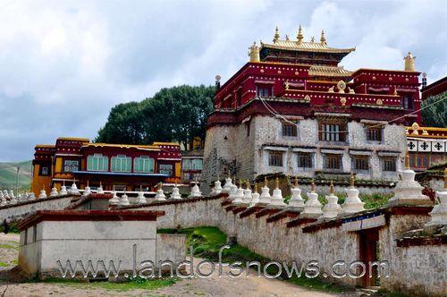 Lithang Monastery