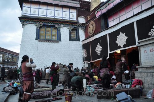 in front of Jokhang Temple
