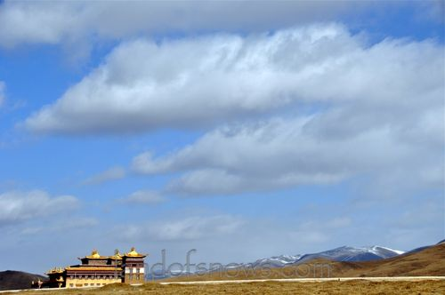 Monastery near Lhagang