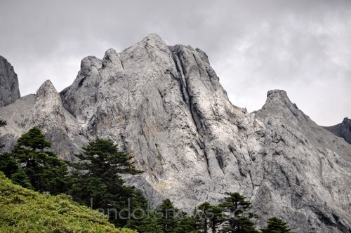 Mountains near Shangri la