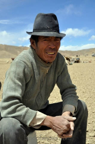 Farmer from Shigatse in the spring