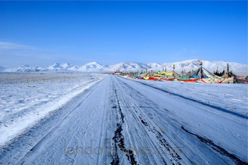 Snowy road in Amdo