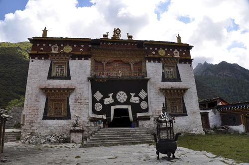 Chong Gu Monastery