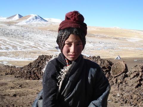 Kham_nomad_girl