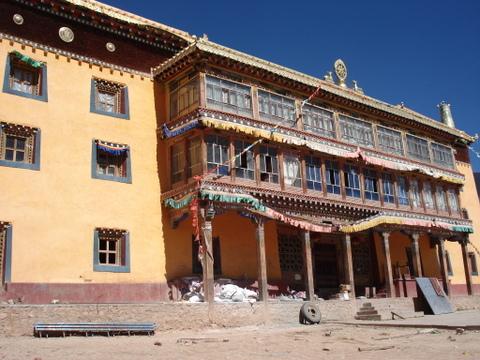 Nangchen_kings_home