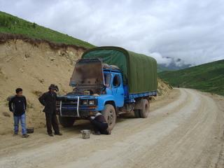 Our_broken_down_truck