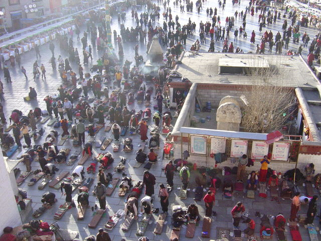 Worshippers in front of Jokhang Temple